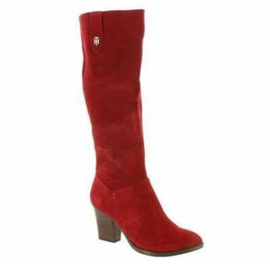 Tommy hilfiger  dark red suede ankle boot